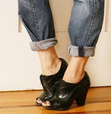 Bringing pegged pants back into style!